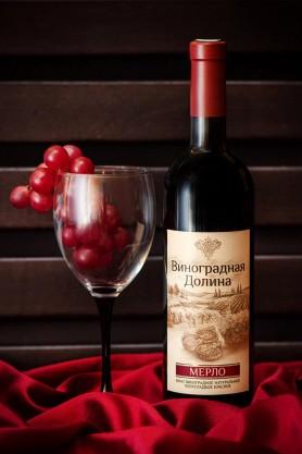 «МЕРЛО» вино виноградное натуральное полусладкое красное